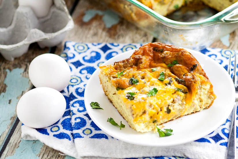 Easy Egg Breakfast Casserole that's great for Christmas, Thanksgiving, Easter, and the holidays and perfect for a crowd. Plus it couldn't be easier to make! With simple ingredients and classic breakfast flavors, this is the BEST easy Egg Breakfast Casserole recipe that's perfect for family and company. This. Is. Perfect.