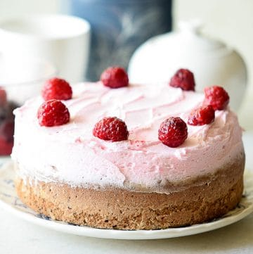 Raspberry Chocolate Cake recipe - Rich, decadent chocolate cake with a creamy, tangy raspberry buttercream make this Raspberry Chocolate Cake recipe a heavenly, to-die-for dessert indulgence.