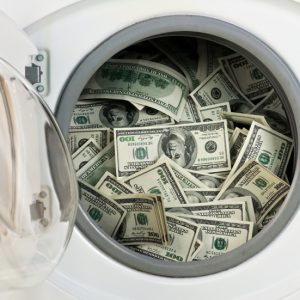 5 Ways to Save Money on Major Appliances - Thinking about new appliances? Use these 5 simple and easy ways to save money on major appliances to help you save on your next appliance purchase! Frugal living - budget